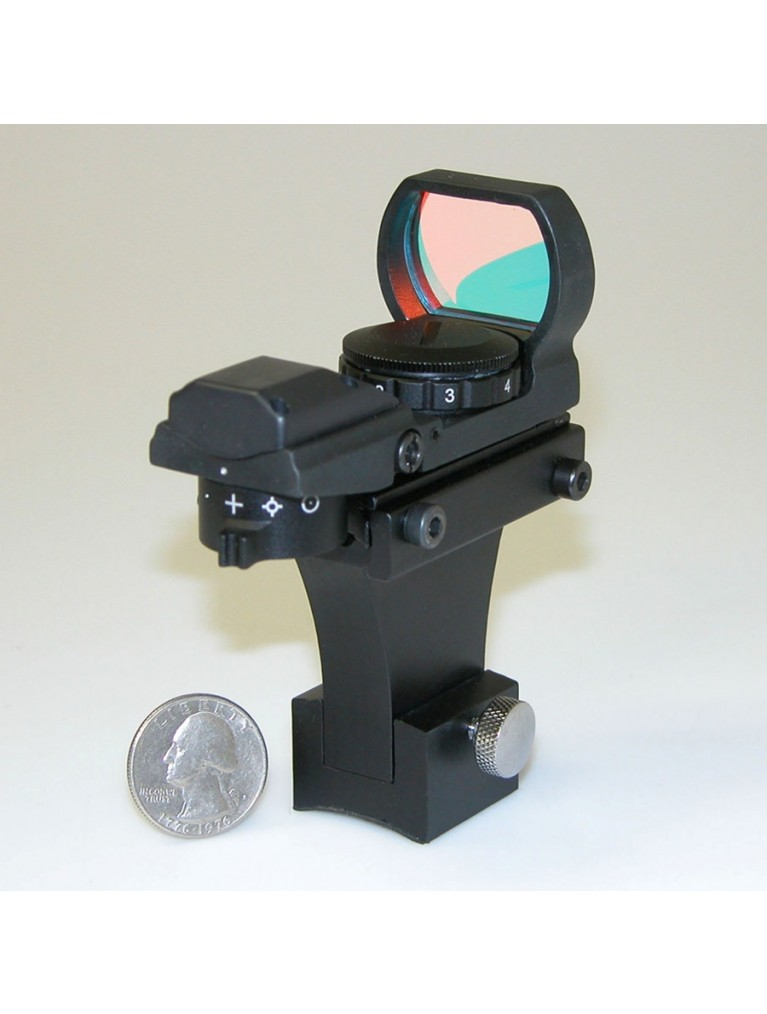 Illuminated multiple reticle finder